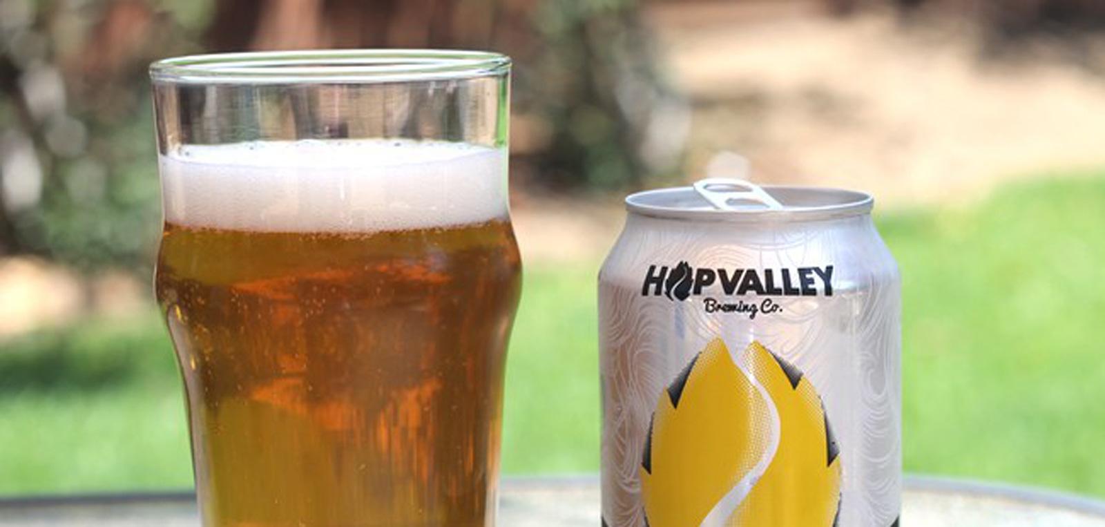 Double D Blonde: A Loira em dobro da HopValley